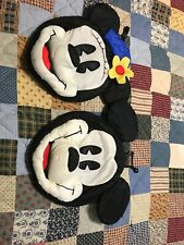 Mickey & Co. Mickey and Minnie Mouse Pouch