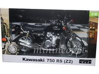AUTOMAXX 605901 KAWASAKI 750 RS (Z2) MOTORCYCLE BIKE 1/12 BLACK
