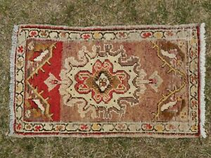 Old Handknotted Oriental Small Salesman Sample Table Top Traditional Gift Rug