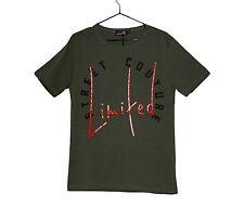 T-shirt uomo colore militare con stampa rossa