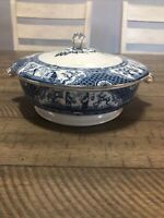 Antique Chinese Export Blue & White Nanking / Willow Porcelain Covered Tureen