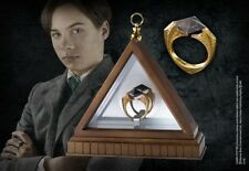 HARRY POTTER 24K GOLD VOLDEMORT MARVOLO GAUNT HORCRUX RING PROP REPLICA +DISPLAY