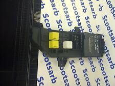 Saab 9-3 93 Caja de distribución eléctrica Fusible Relé Elec unidad 2003 12785597 4 Dr