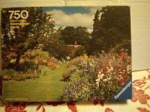 Ravensburger A Summer Garden 750 piece Jigsaw Puzzle Complete Flower Plant Rare