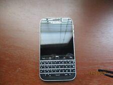 BlackBerry Classic Q20 16GB 100-2 Black ATT GSM Global Unlocked.