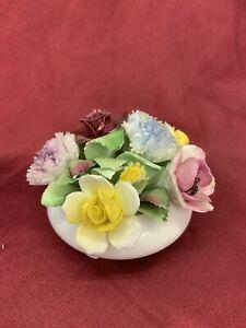 Royal Dolton Bone China Decorative Bowl of Flowers (463)