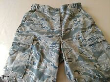 Women's camouflage trousers size 14R Air Force Issue DSCP 50/50 nylon-cotton