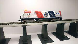 Tyco HO Train Spirit of 76 Alco C430 Powered Diesel Locomotive w/ Metal Handrail