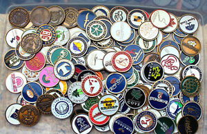 BATCH 10 ASSORTED LOGO GOLF BALL MAGNETIC COIN  MARKERS COLLECTION BRASS COLOR +