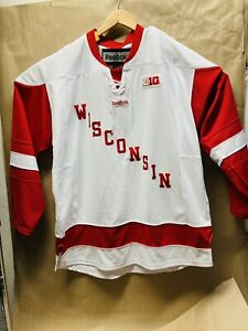 Wisconsin Badgers Hockey Jersey * Reebok sz XLarge * Hockey City Classic * NCAA