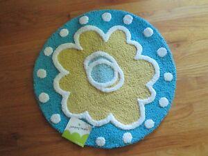 "Jumping Beans Throw Rug Accent 100% Cotton Daisy Flower Design 24"" Diameter NWT"