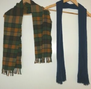 2 X MENS SCARVES BLUE SOFT FINE KNIT AND TAN CHECK FLEECE