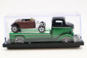 Jada Toys 1947 Ford COE D-Rods Low Rider Car Hauler Green 1/64 Plus Hot Rod