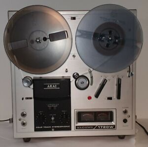 AKAI 1720W  Open Reel To Reel  Stereo Tape Recorder Vintage  Made in Japan