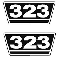 IHC Traktor Aufkleber 2xTypenaufkleber 323 Logo Emblem Sticker Label ca. 15x7cm