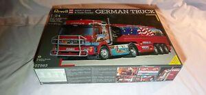 Revell lkw truck 1:24 MAN F 2000 & Tank Trailer German Truck
