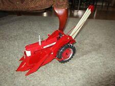 JI Case IH Farmall McCormick Farm Toy Precision Series 450 Custom Corn Picker