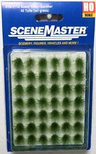 "Ho Scale Walthers SceneMaster 949-1112 Grass Tufts 1/2"" 1.2cm Tall (42) pcs"