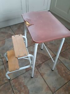 Vintage/ Retro Tube Metal & Wood Step Stool Folding Steps Bathroom /Kitchen 70s