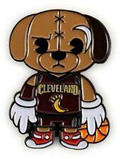 Kidrobot X NBA Cleveland Cavaliers Mascota Esmalte Pin-Edición Limitada