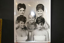 Raquel Welch 12th Annual Deb Star Ball, Hollywood Palladium, 1964 press photo