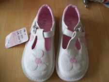 MOTHERCARE GIRLS SHOES SIZE 12 EURO 30.5 NEW