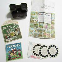 Vintage View Master with Peanuts reel set & booklet Snoopy Charlie Brown