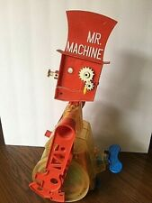 1977 MR MACHINE WIND UP WALKING PLASTIC ROBOT TOY BY IDEAL WORKS WHISTLES