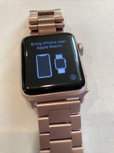 Apple Watch Series 3 38mm Rose Gold Aluminum GPS Water Resistant