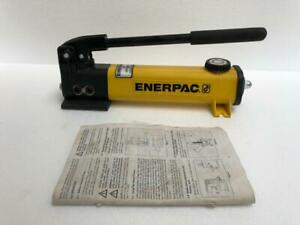 ENERPAC P141 SINGLE SPEED HYDRAULIC HAND PUMP 700 BAR/ 10,000 PSI NEW
