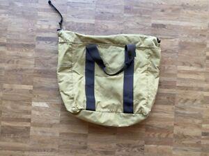 Filson Tasche Grab 'N' Go Large Tote Bag Tan mit Reisverschluß  15oz