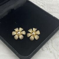 VINTAGE 60s Sparkly Flower Clip On Earrings Gold Tone Retro Kitsch Dainty Mod