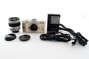Pentax Q 12.4MP Camera White w/02 Standard Zoom Lens Kit [Exc F/S Japan #755479