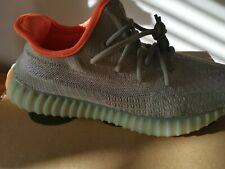 Yeezy Boost 350 V2 UK7.5 US 8 Never Worn with box Made by Adidas