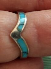 STERLING SILVER  V Shape RING with Blue TURQUOISE Inlays  - Size 4 1/2 ((473))