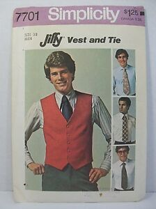 Simplicity Jiffy Pattern 7701 Men's Vest and Tie Size 38 New Uncut Vintage 1976