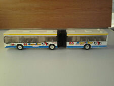 Véhicules miniatures multicolores bus pour Mercedes