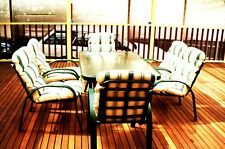 Outdoor 7-piece furniture setting in good all-round condition