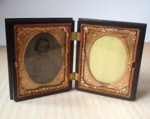 Antique Constitution & Union Waterbury Picture Frame Tintype Gutta Percha Box
