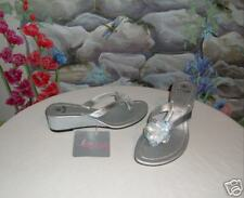 New B.U.M. Silver Sequins Flowers Sandals Thongs 8