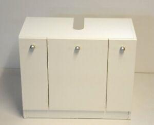 Waschbeckenunterschrank mit 3 Türen, weiß