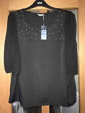 MARKS & SPENCER BLACK TOP SIZE 20 BNWT