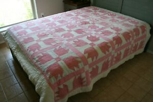 ANTIQUE Vintage BEAR PAW Cutter QUILT Shades of PINK Sweet COTTAGE Style Home