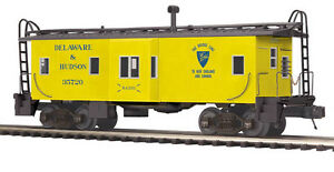 2013 discontinued 20-91365 Bay Window Caboose - Delaware & Hudson new in the box