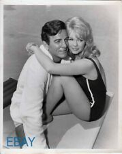 Mike Connors Lynda Day sexy leggy Mannix VINTAGE Photo