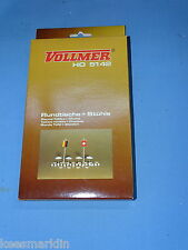 VOLLMER 5142 Round Tables & Chairs Ho scale
