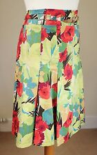 Karen Millen Sz UK10 Stretch Cotton Pleated Summer Skirt Bright Floral Green Red