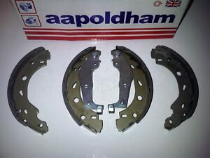 SMART CAR CITY COUPE FORTWO ROADSTER ALL 1998-2012 NEW REAR BRAKE SHOES SHOE SET