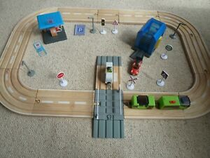 Play Live Junior Motorway Set Wooden Road with motorised train with accessories