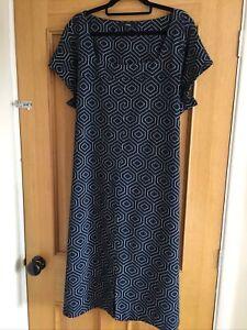 Ladies SMART Size 22 Dress By Next